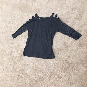 3/4 sleeve scoopneck caged cold shoulder dotted